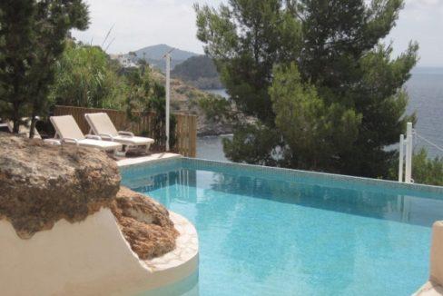 villa 96-4 bedrooms-es cubells04