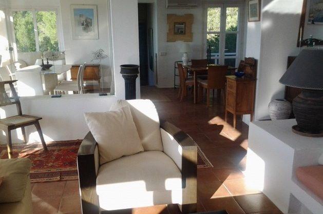 villa-96-4-bedrooms-es-cubells20.jpg