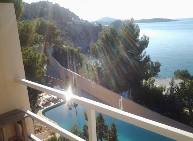 villa 96-4 bedrooms-es cubells23