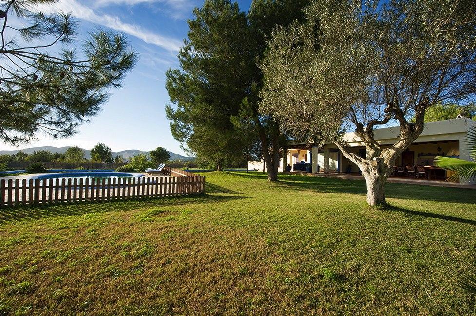 villa 132-4 bedrooms-jesus23