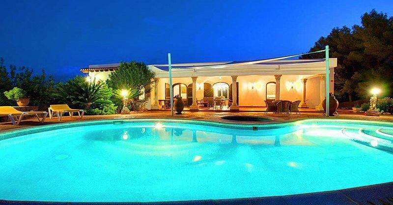 villa-148-4-bedrooms-santa-eulalia04.jpg