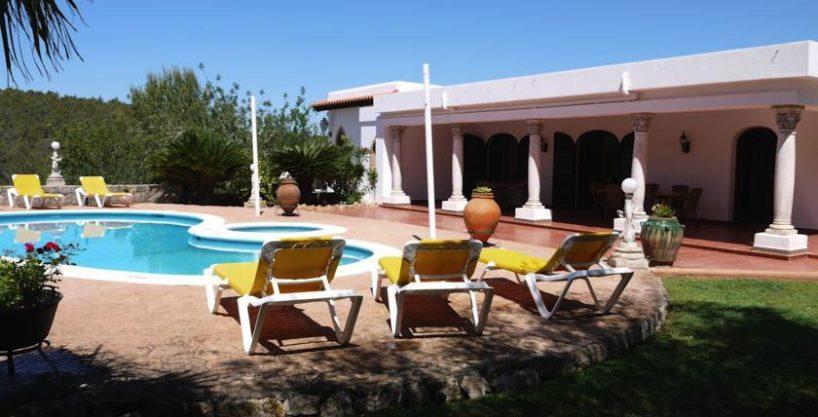 villa-148-4-bedrooms-santa-eulalia29.jpg