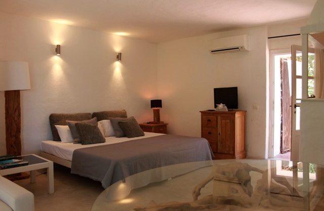 villa-150-6-bedrooms-san-jose10.jpg