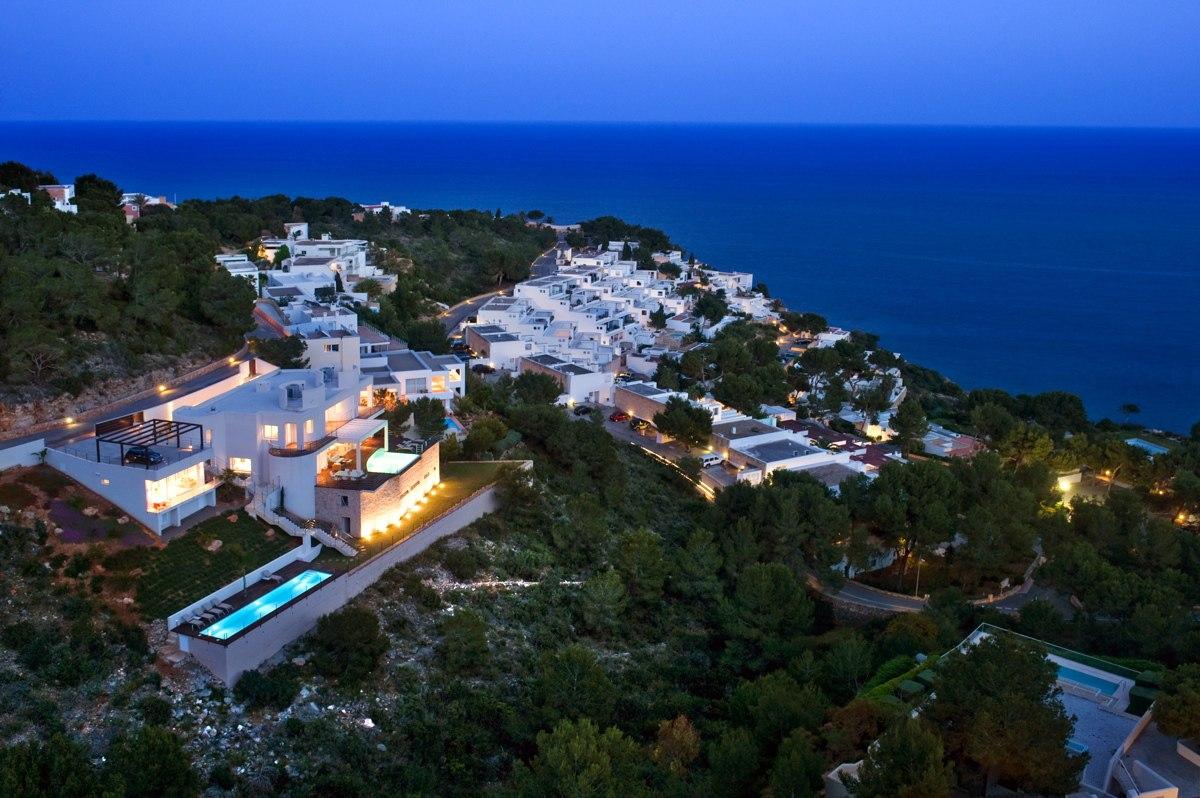 villa 173-6 bedrooms-roca llisa02