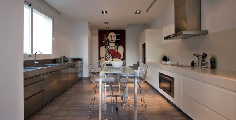 villa-173-6-bedrooms-roca-llisa03.jpg