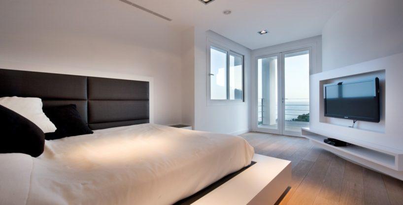 villa-173-6-bedrooms-roca-llisa04.jpg