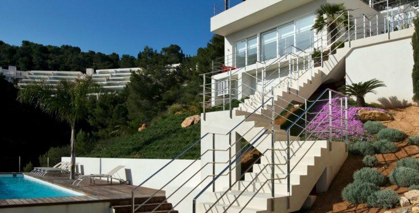 villa-173-6-bedrooms-roca-llisa07.jpg