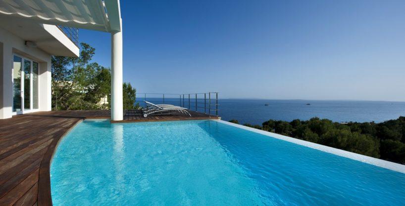 villa-173-6-bedrooms-roca-llisa08.jpg
