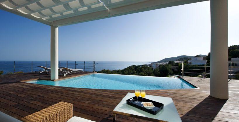 villa-173-6-bedrooms-roca-llisa09.jpg