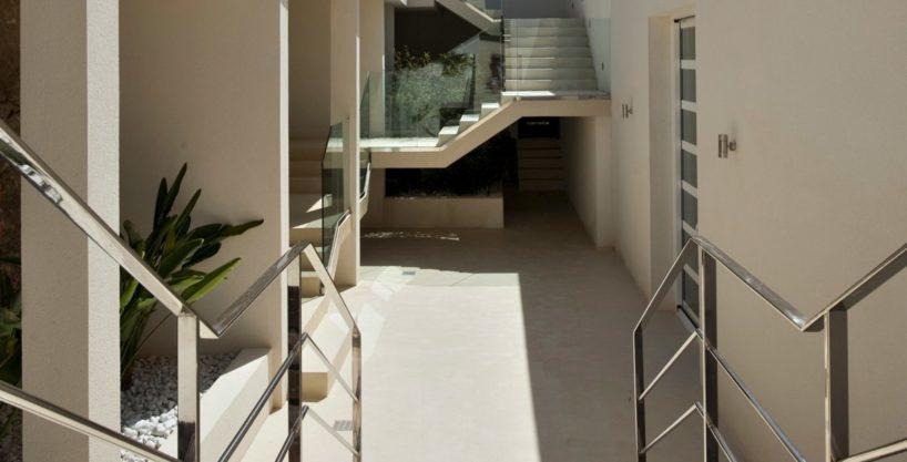 villa-173-6-bedrooms-roca-llisa11.jpg