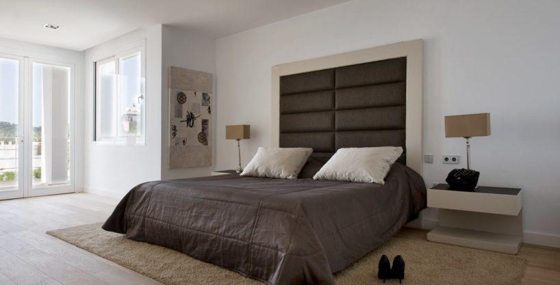 villa-173-6-bedrooms-roca-llisa15.jpg