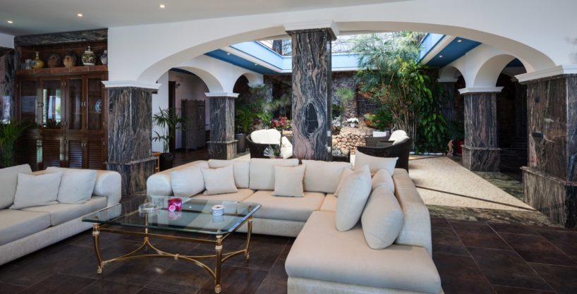 villa-175-10-bedrooms-sa-carroca18.jpg