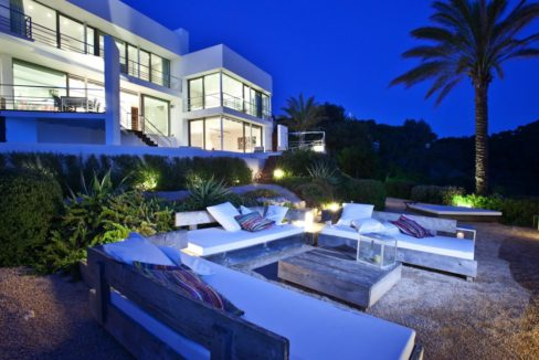 villa 222-3 bedrooms-cala vadella01