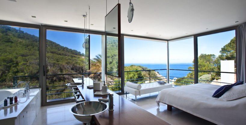 villa-222-3-bedrooms-cala-vadella12.jpg