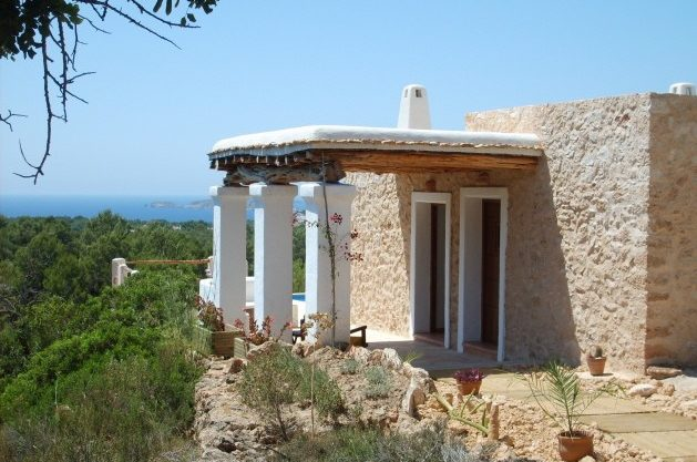 villa-278-1-bedroom-cala-tarida03.jpg