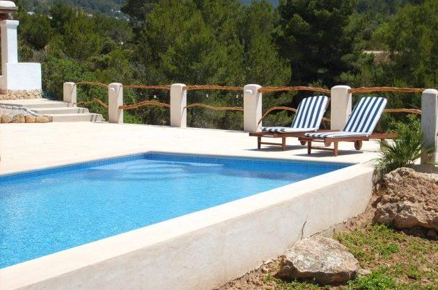 villa-278-1-bedroom-cala-tarida06.jpg