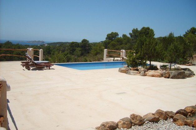 villa-278-1-bedroom-cala-tarida08.jpg