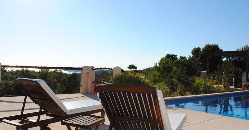 villa-278-1-bedroom-cala-tarida15.jpg