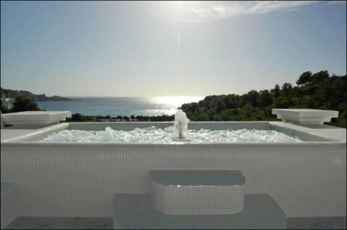 villa 284-5 bedrooms-cala jondal16_630x472