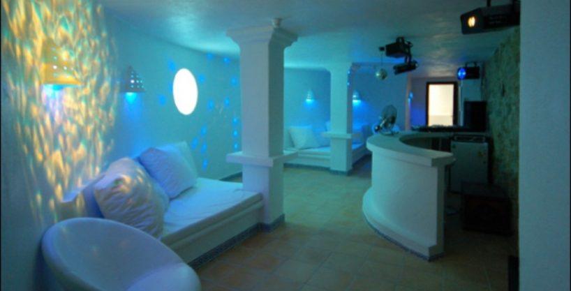 villa-284-5-bedrooms-cala-jondal23_630x472.jpg