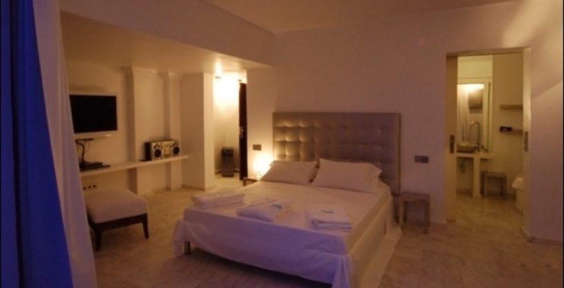 villa-284-5-bedrooms-cala-jondal25_630x472.jpg