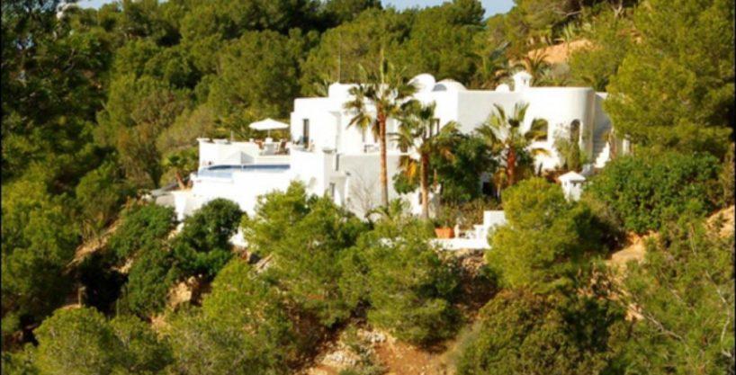 villa-284-5-bedrooms-cala-jondal4_630x472.jpg
