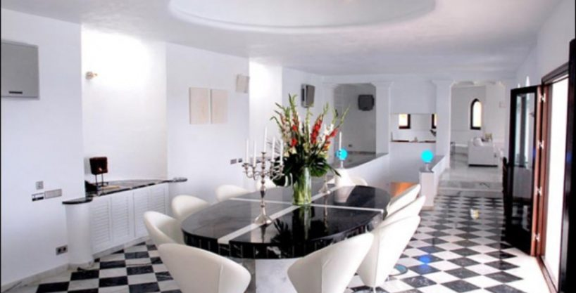 villa-284-5-bedrooms-cala-jondal7_630x472.jpg