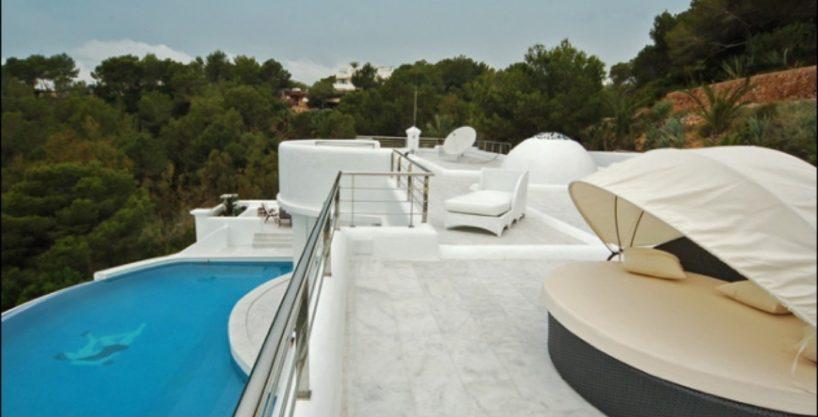 villa-284-5-bedrooms-cala-jondal9_630x472.jpg