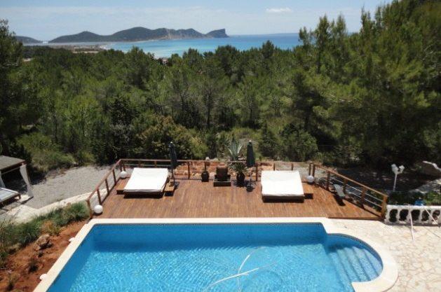 villa-286-5-bedrooms-cala-jondal23.jpg