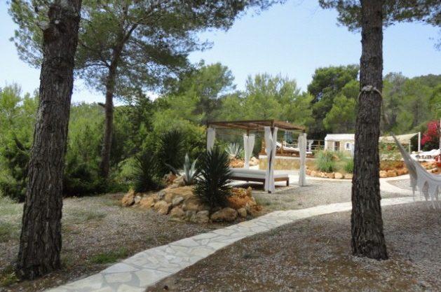 villa-286-5-bedrooms-cala-jondal29.jpg