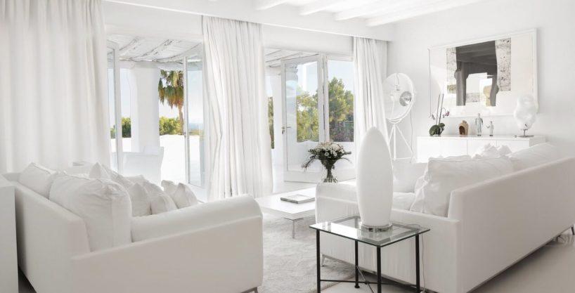 villa-294-12-bedrooms-porroig04.jpg