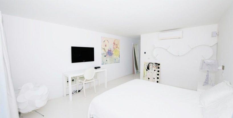 villa-294-12-bedrooms-porroig07.jpg