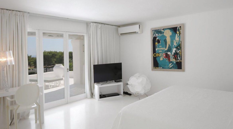 villa 294-12 bedrooms-porroig14
