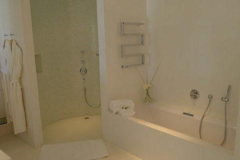 villa 294-12 bedrooms-porroig21