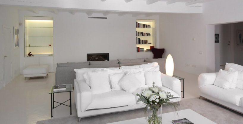 villa-294-12-bedrooms-porroig26.jpg