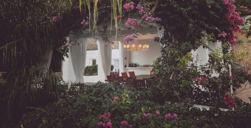 villa-294-12-bedrooms-porroig28.jpg