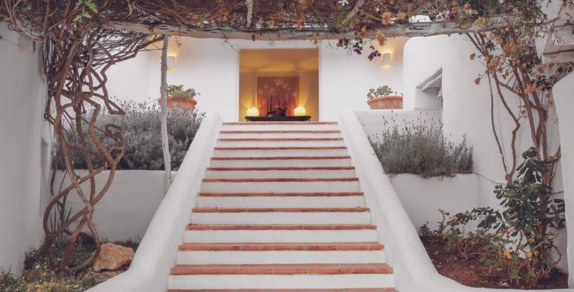 villa-294-12-bedrooms-porroig34.jpg
