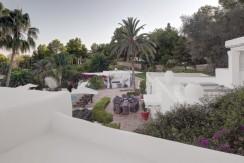 villa 294-12 bedrooms-porroig44