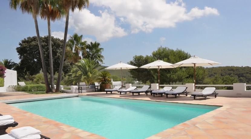 villa 294-12 bedrooms-porroig49