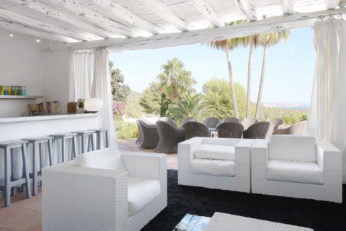 villa 294-12 bedrooms-porroig57