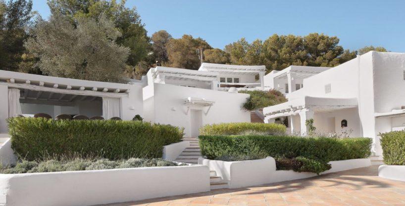 villa-294-12-bedrooms-porroig66.jpg