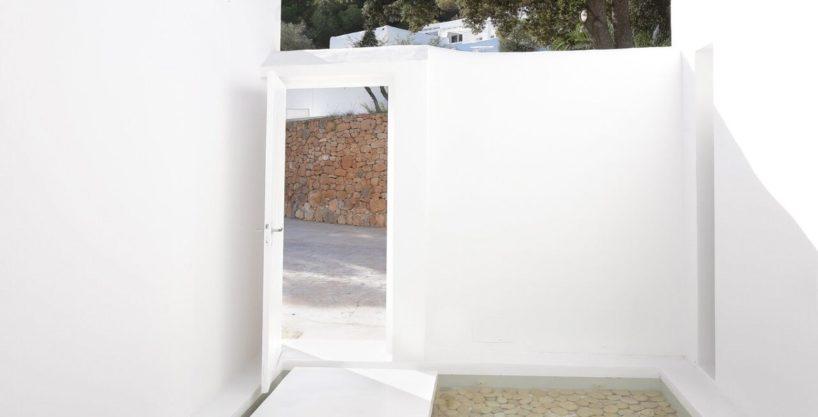 villa-294-12-bedrooms-porroig70.jpg