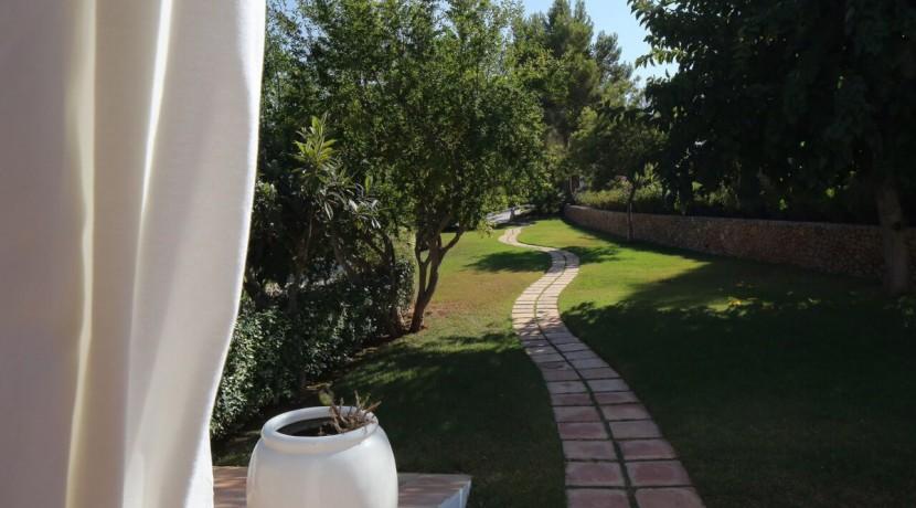 villa 294-12 bedrooms-porroig72
