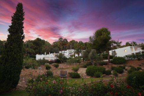 villa 294-12 bedrooms-porroig84