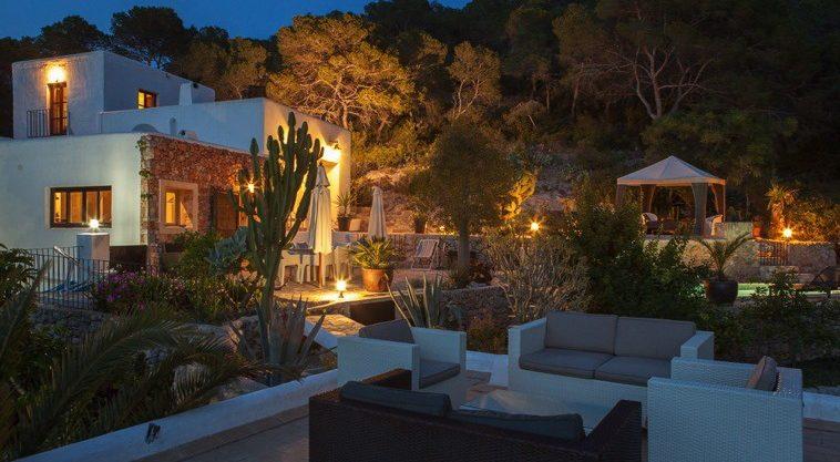 villa-304-4-bedrooms-salinas51.jpg