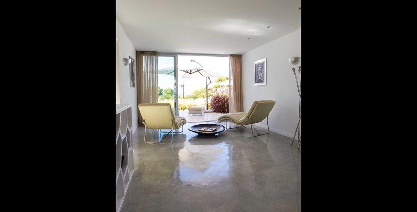 villa-317-6-bedrooms-cala-comta03.jpg