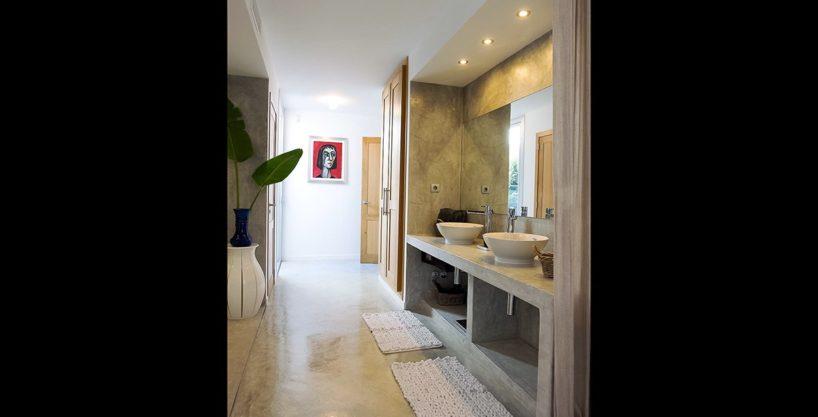 villa-317-6-bedrooms-cala-comta05.jpg