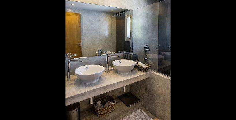 villa-317-6-bedrooms-cala-comta08.jpg