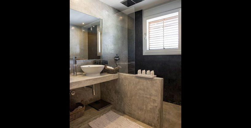 villa-317-6-bedrooms-cala-comta09.jpg