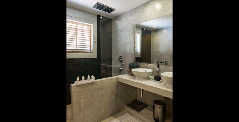 villa-317-6-bedrooms-cala-comta10.jpg